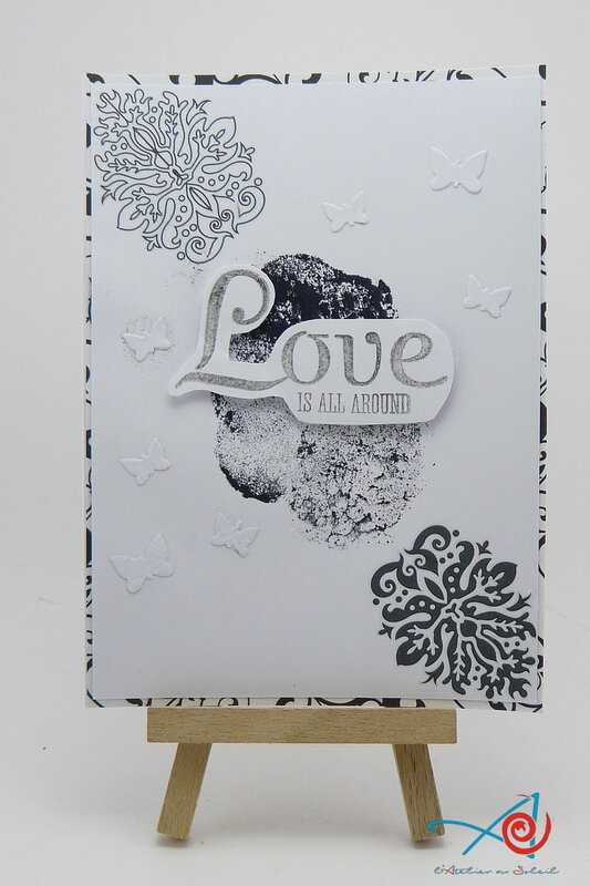 Carte Love is all around card