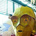 Casque C3PO en papier (Anigetter)