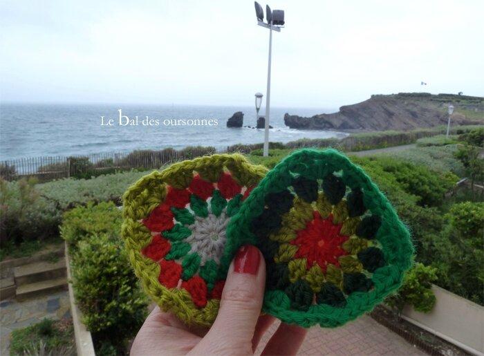 77 Sunburst Crochet devant la mer