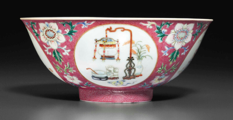 Afamille rose sgraffiatoruby-ground bowl, Qianlong six-character seal mark in underglaze blue and of the period (1736-1795)