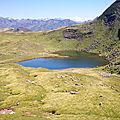 Lac d'Arlet, col d'Arlet, refuge, lac et pic du Midi d'Ossau (64)