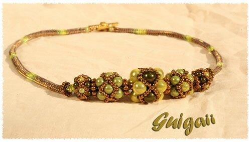 Collier Perles de Fatima avec spirale herringbone