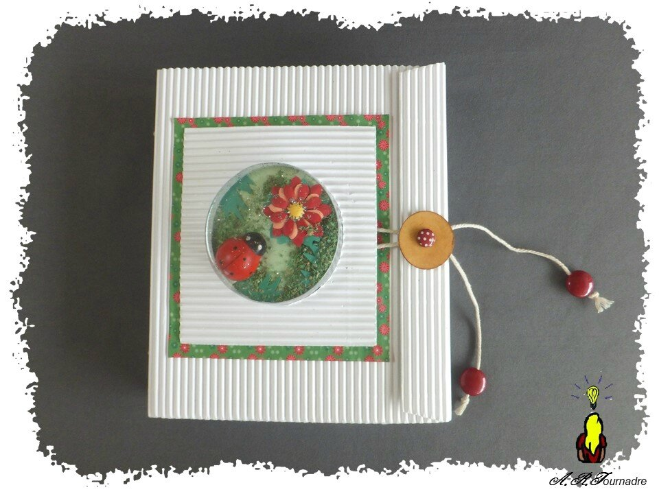 ART 2015 04 mini album coccinelle 1