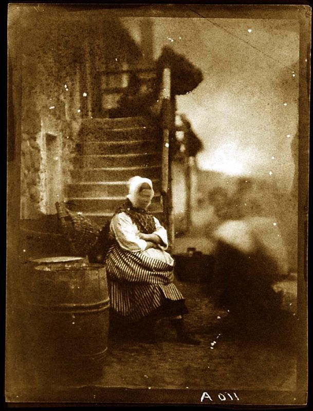 44. David Octavius HILL et Robert ADAMSON, Newhaven fishwife, 1843.
