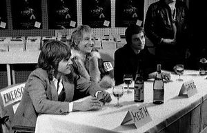 Emerson_Lake_and_Palmer_band_photo