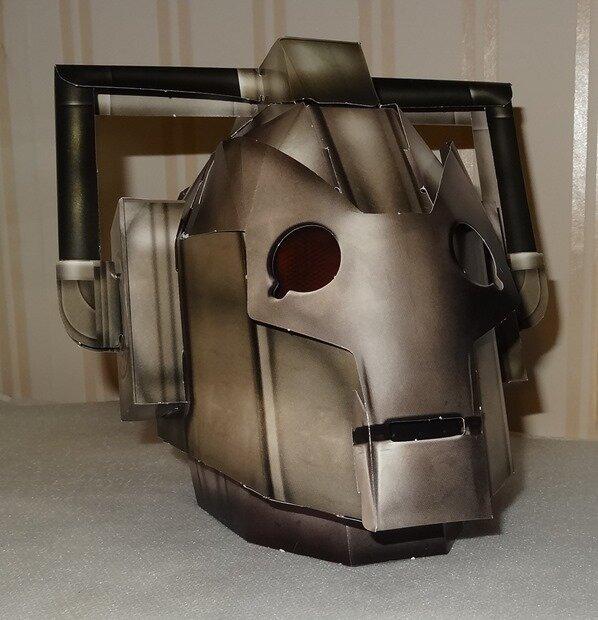 maquette tête Cyberman