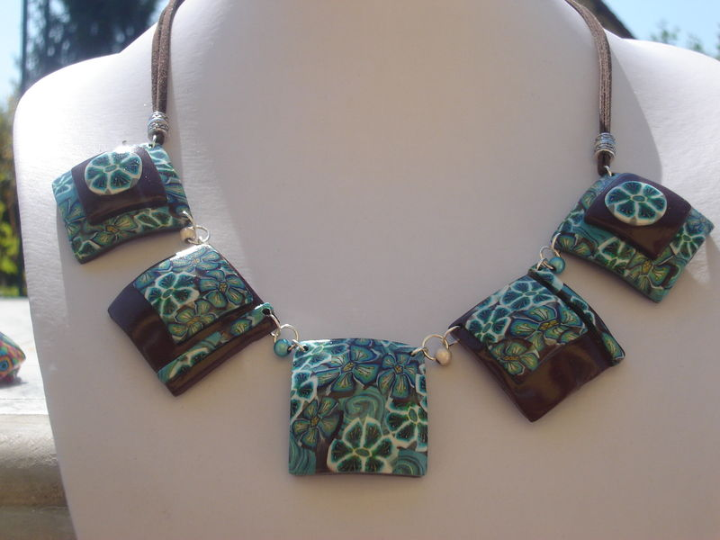 collier ext 010