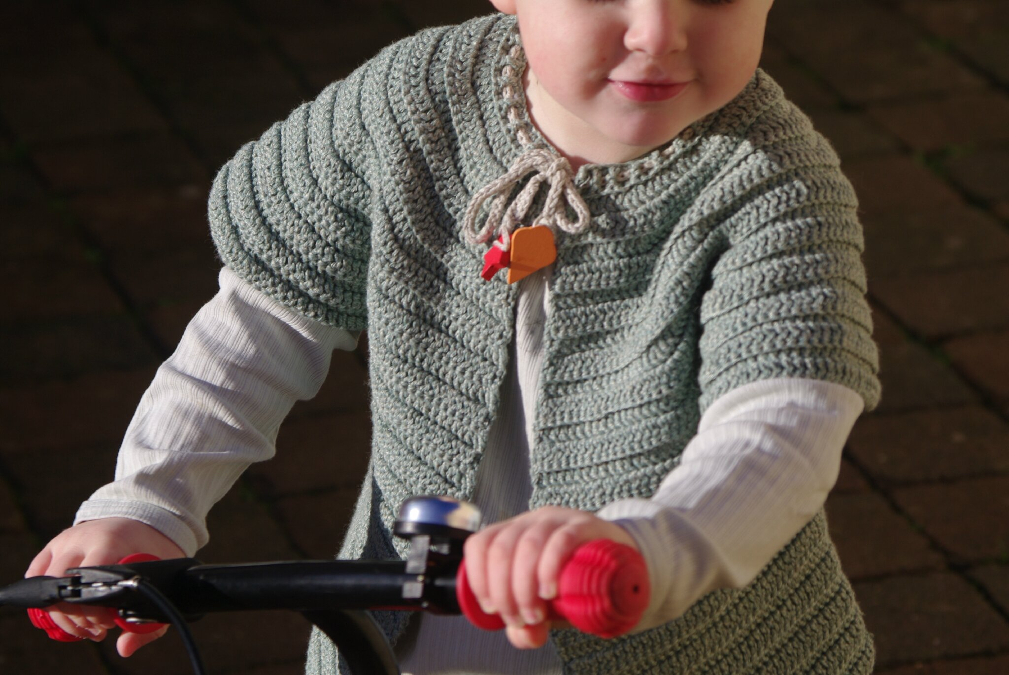 crocheter un gilet rond top-down