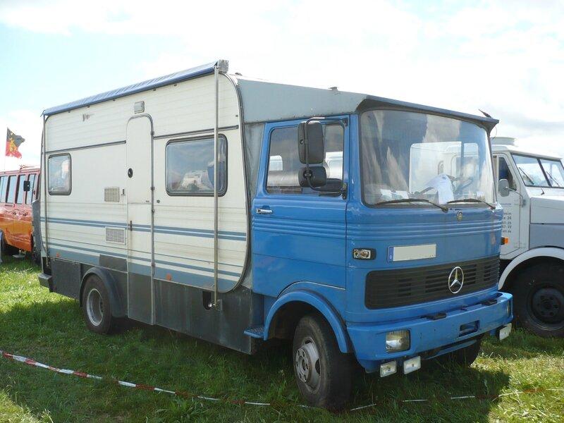 MERCEDES LP 811 aménagé camping-car 1972 Eutingen (1)