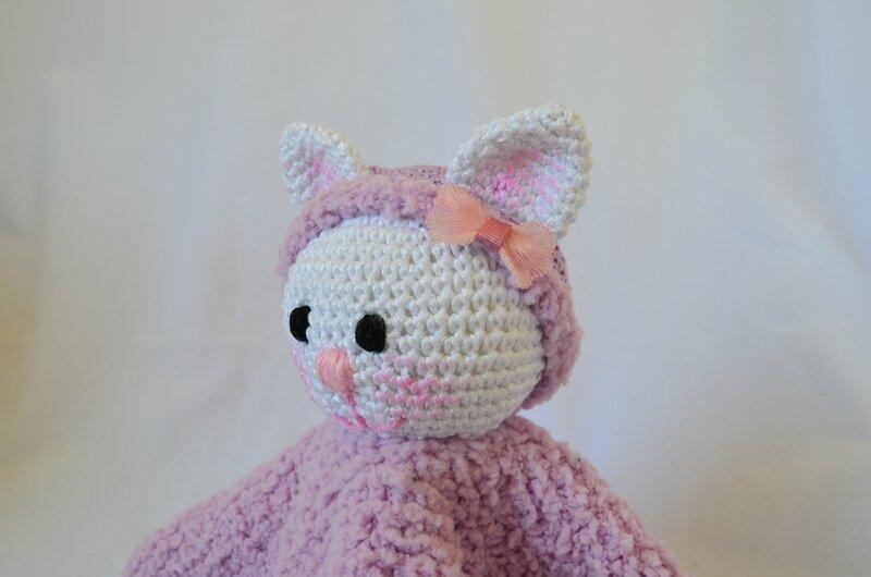 Chatminette, tuto, doudou, laine, fil, tricot, crochet, couture, La chouette bricole