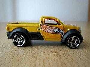 Dodge M80 03 -Hotwheels-