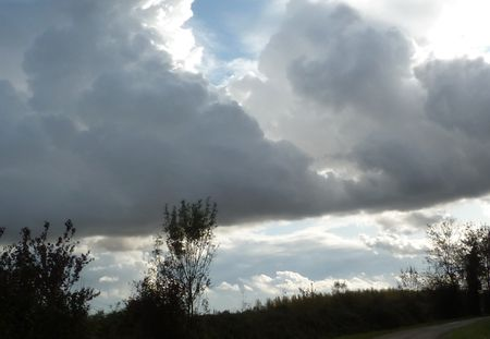 nuages_bleus_nuages_gris