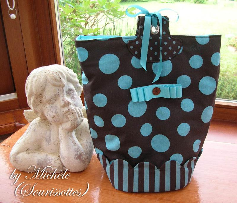 14- Michèle : http://sourissottes.over-blog.com/