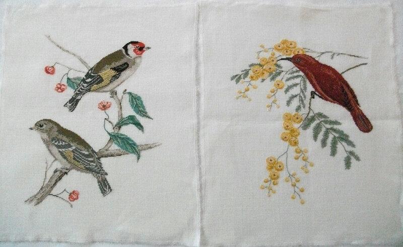 Les 2 broderies oiseaux