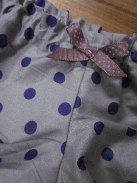 Culotte en coton parme grisé à pois violet (3)