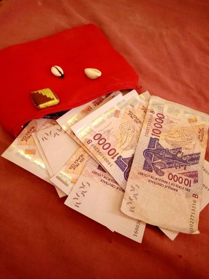 PORTEFEUILLE MULTIPLICATEUR D'ARGENT plus grand et puissant marabout du monde et d'Afrique, porte-monnaie qui fonctionne,