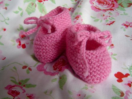 tricot_chaussons_roses