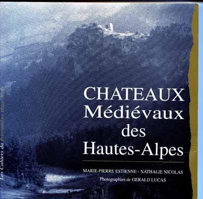 z8187_186_Chateaux_medievaux01