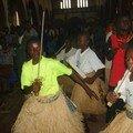 94_Messe : jeunes danseurs traditionnels