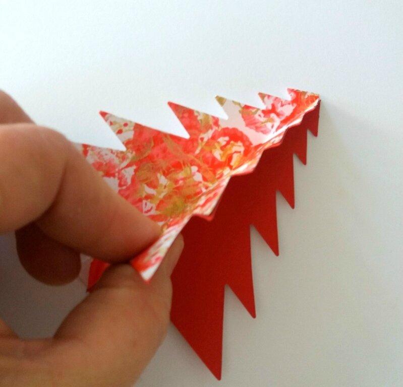 282_Noël et Nouvel an_Carte ou calendrier rouge et or (34)