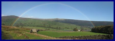 Panoramic_Swaledale_Oct_2008