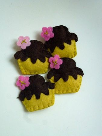 Broches cupcakes roses