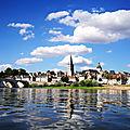 La Charité-sur-Loire, vue de dedans la Loire (58)