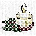 11 + 2 motifs noël et bonne année au point de croix... à la machine