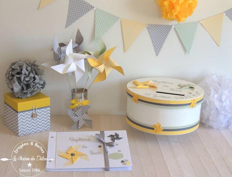 bapteme theme moulin a vent jaune gris mint urne livre dor guirlande fanion pompon