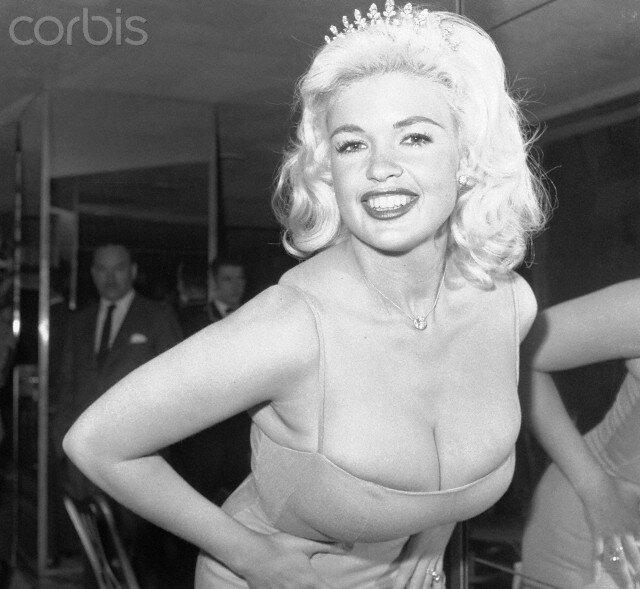jayne-1960-02-23-hotel_astor-carioca_ball-1