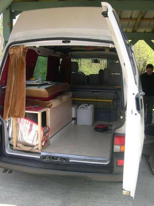 banquette lit 1 personne combi volkswagen transporter t4 photo de 2 me am nagement t4. Black Bedroom Furniture Sets. Home Design Ideas