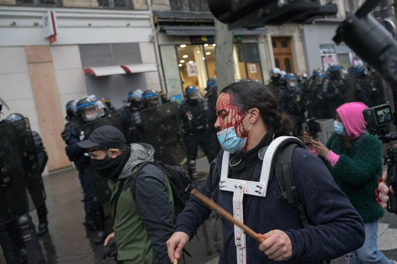 1353111-france-new-rally-against-the-global-security-law