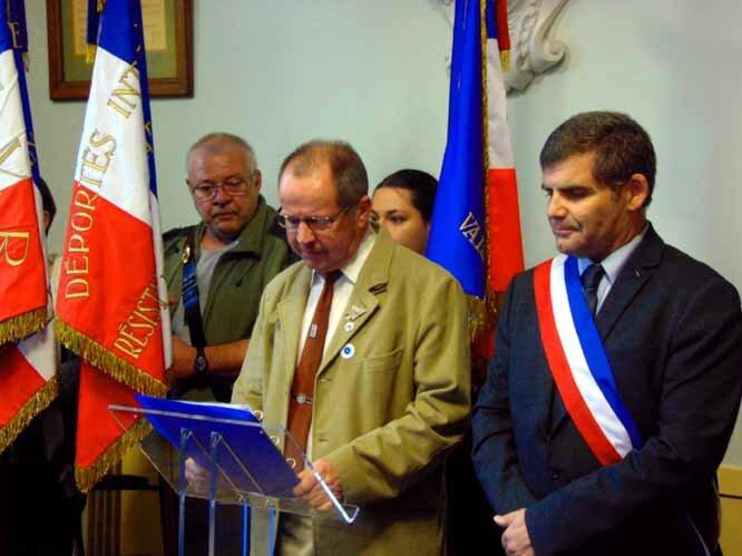 Le Président de l'Amicale des anciens Résistants de Vaison, Mr Michel ANDRE, Sablet-le 11 Novembre 2015