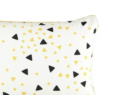 cushion-coussin-cojin-apollo-black-honey-sparks-nobodinoz-2