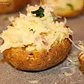 Pommes de terre farcies aux champignons, carottes et au bacon