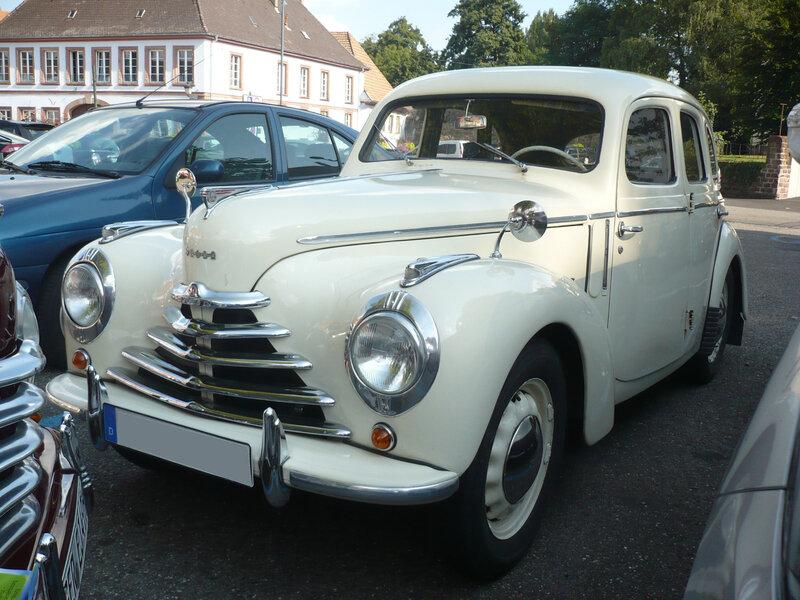 SKODA 1101-1102 berline 4 portes 1949 Wissembourg (1)
