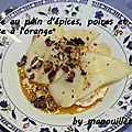 Glace au pain d'épices, poires et sauce à l'orange
