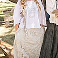 thick-linen-klarah-pants-with-pockets-and-dropped-rise-in-oa-500px-849px.jpg