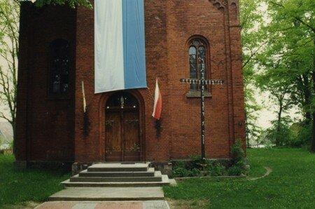 Kirche_1996