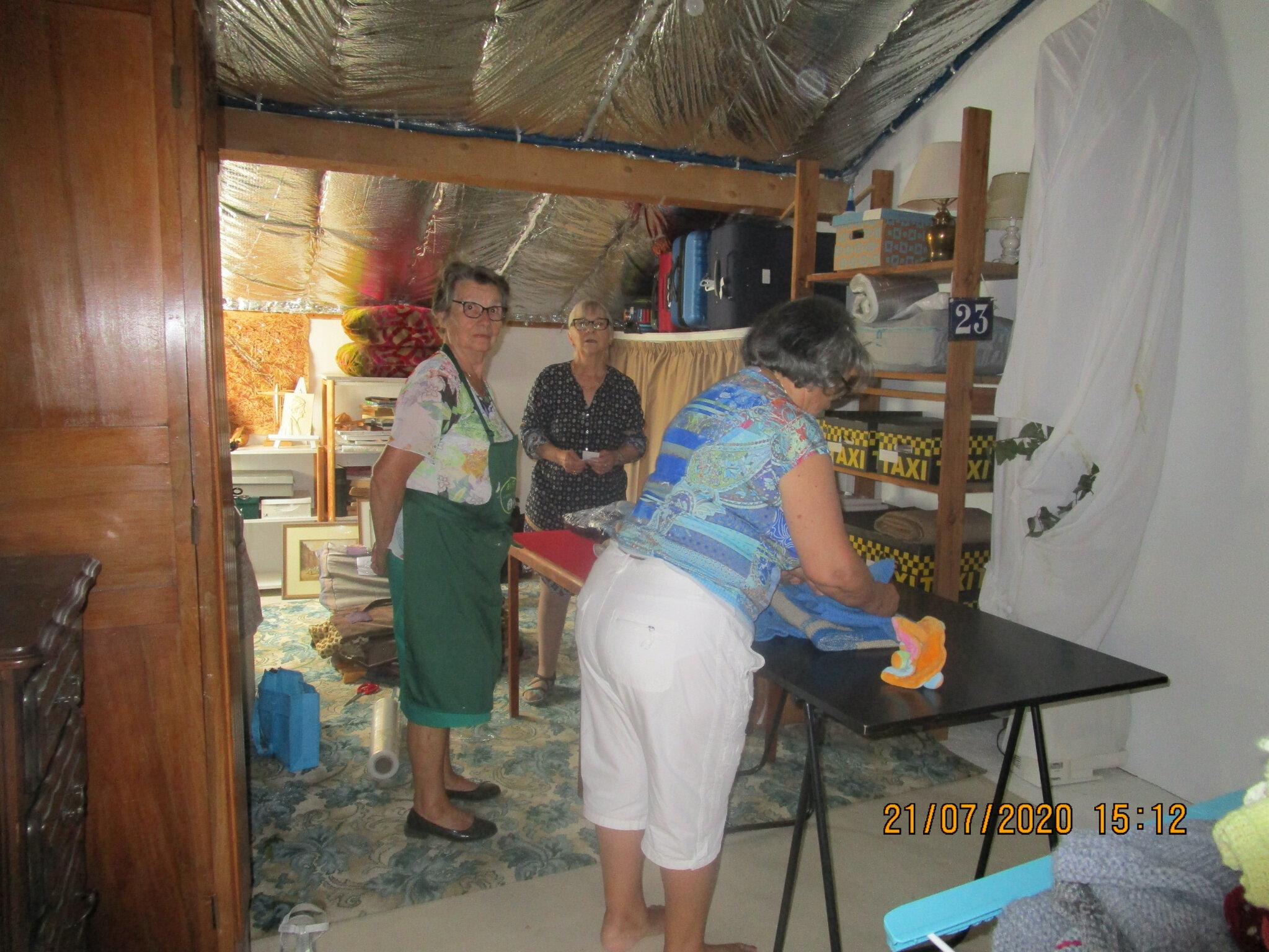 La confection des colis chez Colette