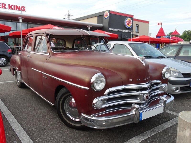 DODGE Coronet 4door Sedan 1950 Offenbourg (1)