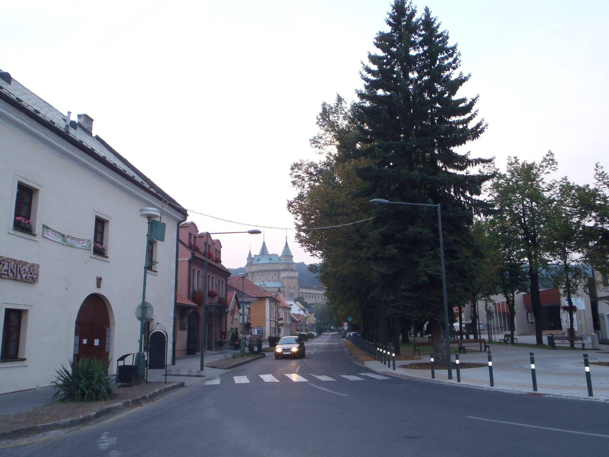 slovaquie - vue sur le chateau bonjnice