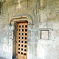 porte d'un ancien ermitage et guichet [800x600]