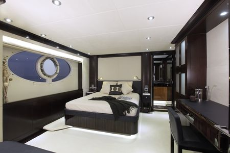 Majesty_125_VIP_Double_Guest_Cabin