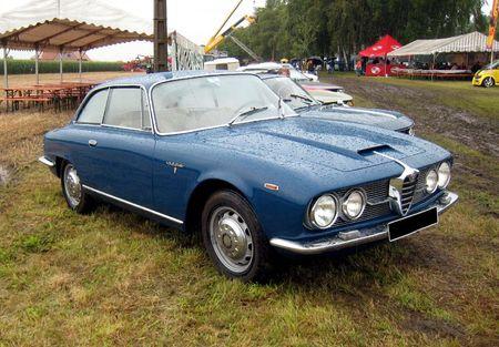 Alfa roméo 2600 sprint (1962-1966)(7000ex)(5ème Fête Autorétro étang d' Ohnenheim) 01