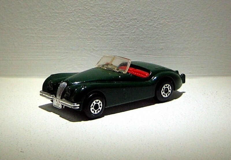 Jaguar XK120 (Matchbox) 01