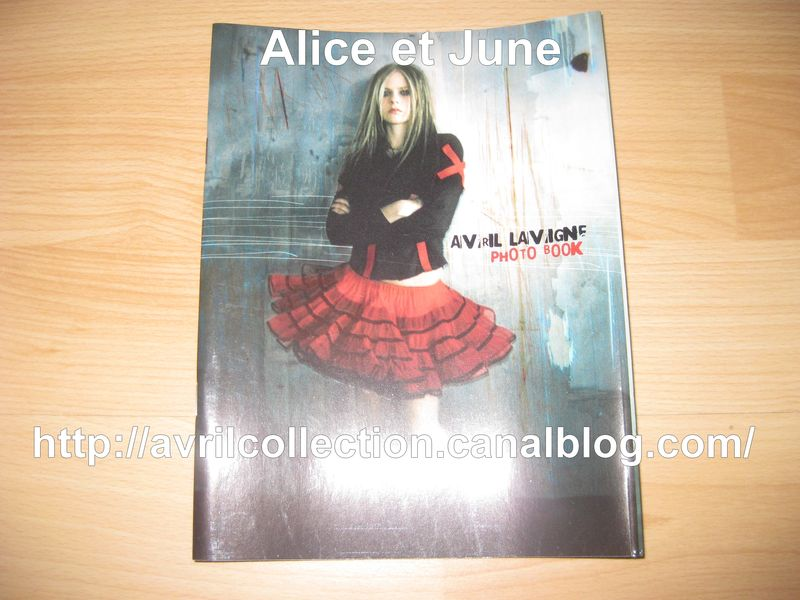 Avril Lavigne Photo Book japonais (2004)