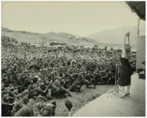 1954-02-18-korea-45th_division-sing-010-2a2