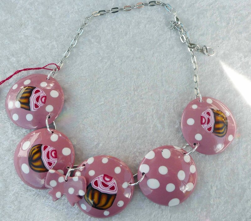 Collier cupcake