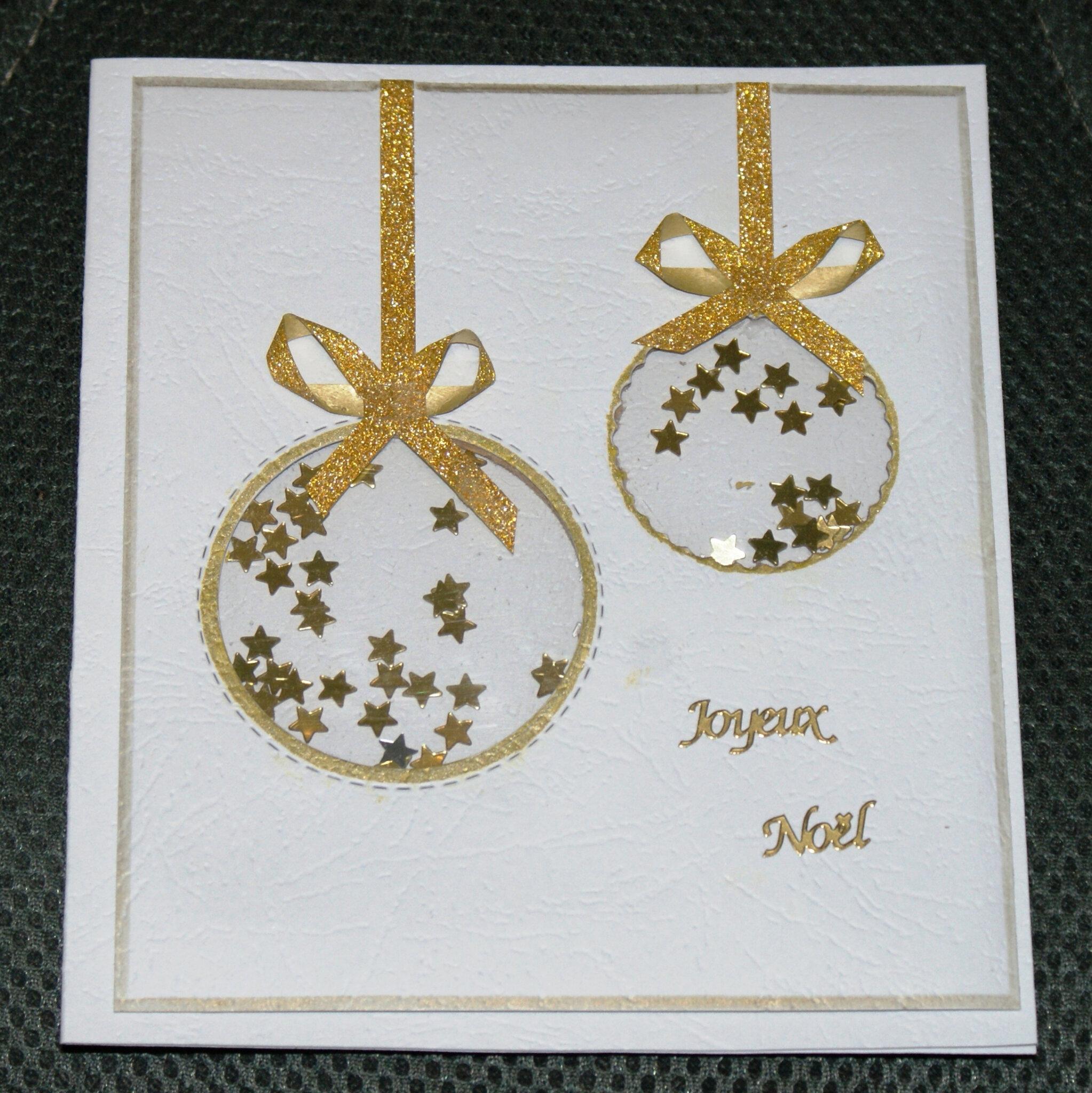 Ma Carte De Noel.Une Carte Shaker Avec Boules De Noël La Caverne De Monia